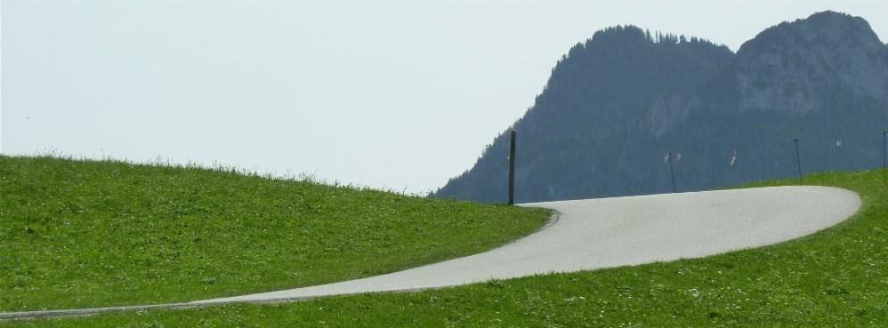 photocaseybf2tuz254895552_schwunggebirge.jpg